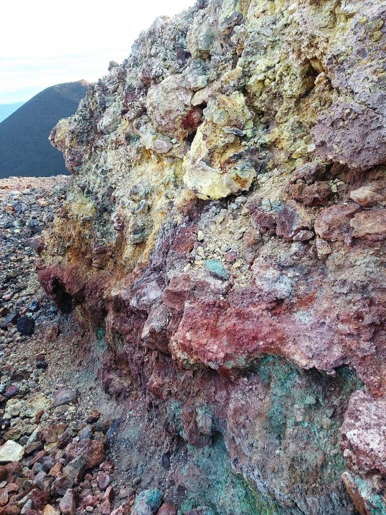 эффузивные горные породы